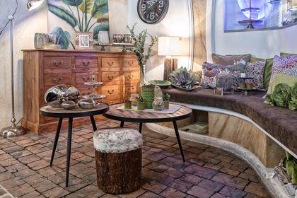 Vintage- und Kolonialstil-Möbel in den aktuellen Farbtrends