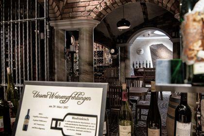 Weinkeller: Die gehobene Form der praktischen Weinlagerung